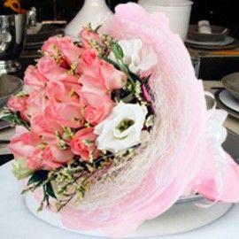 21 Peach Roses Hand Bouquet