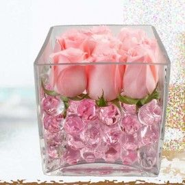 9 Peach Roses In Glass Vase