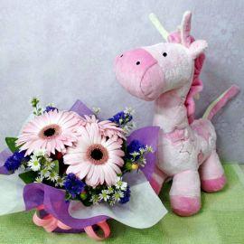 Musical Giraffe Plush Toy with 3 Pink Gerberas Standing Bouquet