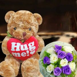 20cm Bear With 6 Purple & 6 White Roses Hand Bouquet Delivery