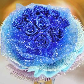 9 Shining Blue Roses Hand Bouquet