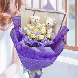 12 Ferrero Rocher & Couple Bears Hand Bouquet