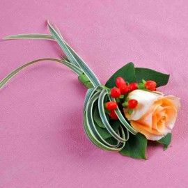 Champagne Rose & Hypericum Berries Corsage ( Add-On Only, No Del