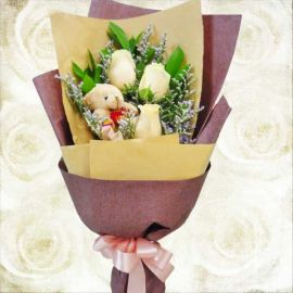 3 Champagne Roses With Bear Handbouquet