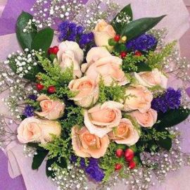 12 Champagne Roses with Purple Forget-me-not Handbouquet