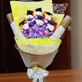 6 Mini Graduation Bear (6cm) With 8 Lollipop Candies Bouquet