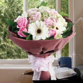 Hydrangeas, Roses & Gerbera Hand Bouquet.(1 day in advance)