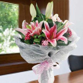 6 Pink Lilies Hand Bouquet