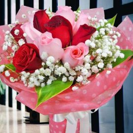 6 Red & 6 Peach Roses With baby's breath Hand Bouquet