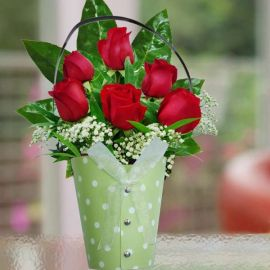 6 Red Roses Standing Bouquet