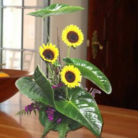 3 Sunflowers Table Arrangement